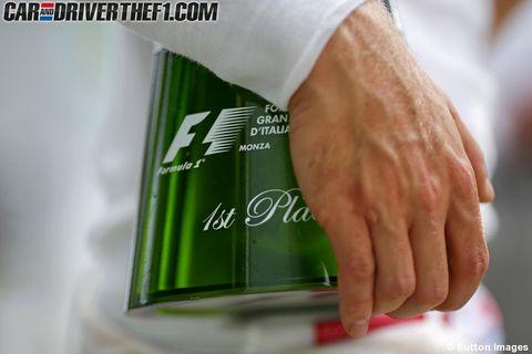 Finger, Hand, Wrist, Logo, Gesture, Nail, Thumb, Sports jersey, Cuff, Brand,