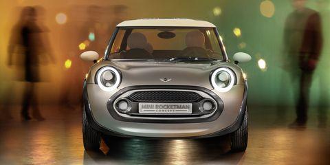 Automotive design, Vehicle, Grille, Headlamp, Vehicle door, Car, Automotive mirror, Automotive lighting, Automotive exterior, Hood,