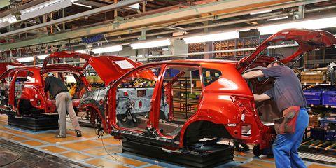 Motor vehicle, Automotive design, Car, Exhibition, Automobile repair shop, Auto show, Service, Machine, Trunk, Engineering,
