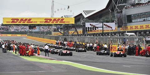 Automotive tire, Sport venue, Race track, Asphalt, Racing, Motorsport, Tar, Formula libre, Auto racing, Synthetic rubber,