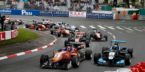Land vehicle, Vehicle, Race car, Sports, Racing, Formula one, Motorsport, Formula one car, Formula libre, Open-wheel car,