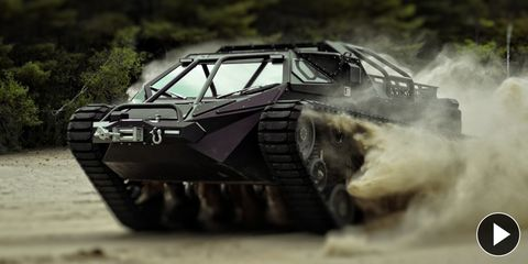 Mode of transport, Auto part, Military vehicle, Tank, Combat vehicle, Dust, Off-roading, Self-propelled artillery, Hood,
