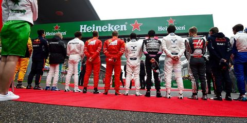 Team, Sport venue, Formula one, Vehicle, Sports uniform, Car, Championship,