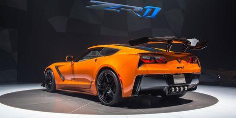 land vehicle, vehicle, car, sports car, corvette stingray, automotive design, auto show, supercar, performance car, muscle car,