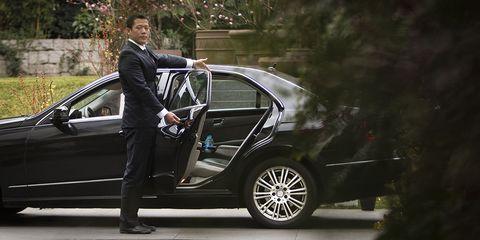 Land vehicle, Vehicle, Car, Luxury vehicle, Alloy wheel, Personal luxury car, Vehicle door, Mid-size car, Automotive exterior, Automotive design,