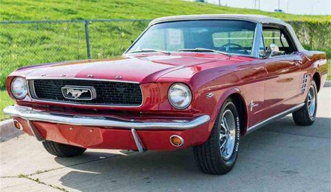 Land vehicle, Vehicle, Car, Motor vehicle, Muscle car, First generation ford mustang, Classic car, Hardtop, Pony car, Sedan,