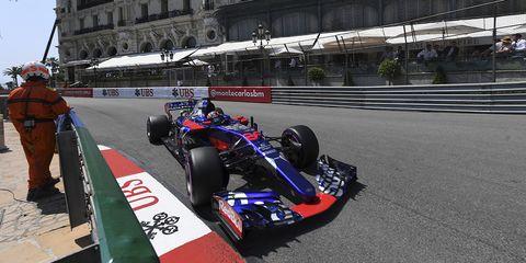 Formula one, Formula libre, Race car, Formula racing, Vehicle, Motorsport, Racing, Formula one car, Indycar series, Open-wheel car,