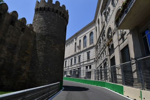 Architecture, Window, Infrastructure, Wall, Road surface, Building, Facade, Landmark, Parallel, Medieval architecture,