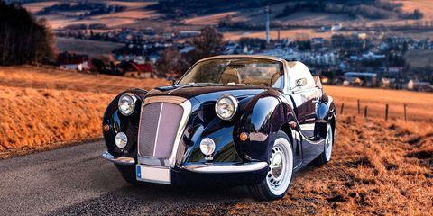 Motor vehicle, Wheel, Mode of transport, Automotive design, Vehicle, Transport, Automotive tire, Automotive lighting, Car, Rim,