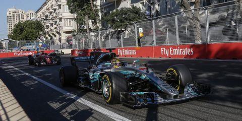 Land vehicle, Formula one, Vehicle, Formula one car, Formula libre, Race car, Formula one tyres, Open-wheel car, Tire, Formula racing,