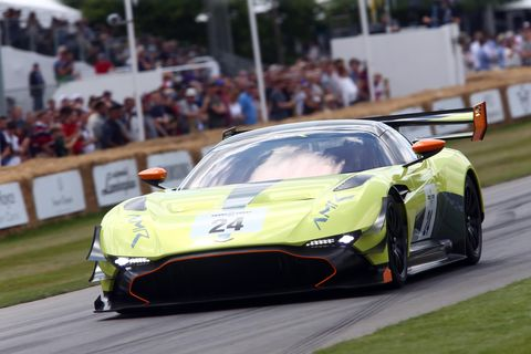 Land vehicle, Vehicle, Sports car, Sports car racing, Endurance racing (motorsport), Car, Supercar, Performance car, Race car, Coupé,
