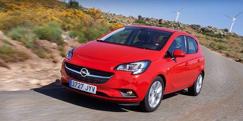 Land vehicle, Vehicle, Car, Hatchback, Motor vehicle, City car, Hot hatch, Automotive design, Compact car, Opel,