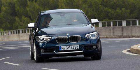 Mode of transport, Automotive design, Vehicle registration plate, Vehicle, Road, Automotive exterior, Grille, Hood, Infrastructure, Transport,