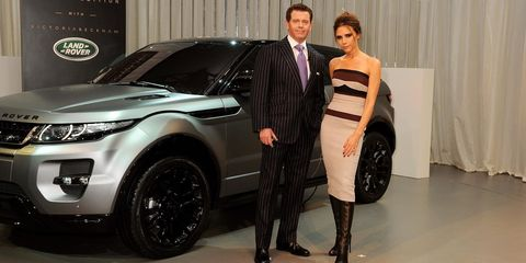Land vehicle, Vehicle, Car, Auto show, Automotive design, Range rover evoque, Range rover, Sport utility vehicle, Land rover, Exhibition,