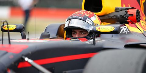 Vehicle, Formula one, Formula libre, Race track, Formula racing, Helmet, Open-wheel car, Formula one car, Motorsport, Race car,