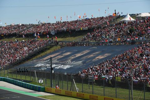 Crowd, Sport venue, Grass, People, Product, Audience, Stadium, Atmosphere, Fan, Competition event,