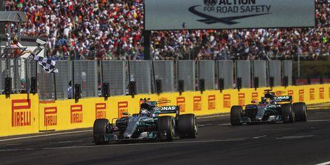 Formula one, Sports, Motorsport, Formula one car, Race car, Formula libre, Formula one tyres, Formula racing, Vehicle, Race track,