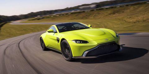 Land vehicle, Vehicle, Car, Sports car, Yellow, Performance car, Automotive design, Supercar, Coupé, Concept car,