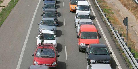 Motor vehicle, Mode of transport, Automotive mirror, Automotive design, Vehicle, Land vehicle, Road, Transport, Automotive parking light, Car,
