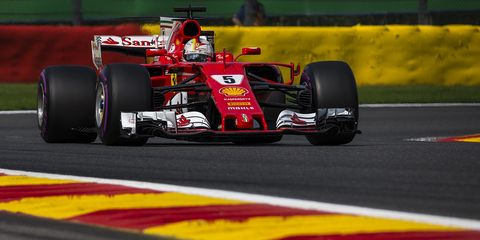 Land vehicle, Formula one, Formula one car, Vehicle, Race car, Sports, Racing, Motorsport, Open-wheel car, Formula one tyres,