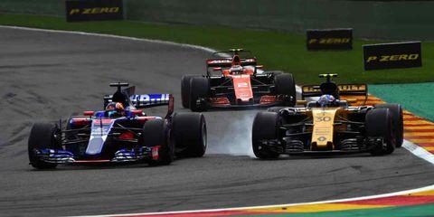 Land vehicle, Formula one, Vehicle, Race car, Sports, Formula one car, Racing, Motorsport, Tire, Formula libre,