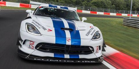 Land vehicle, Vehicle, Car, Sports car, Sports car racing, Performance car, Dodge Viper, Race car, Supercar, Hennessey viper venom 1000 twin turbo,
