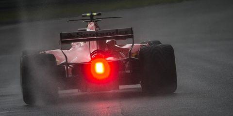 Race car, Formula libre, Formula one car, Formula one, Vehicle, Formula one tyres, Red, Open-wheel car, Formula racing, Car,