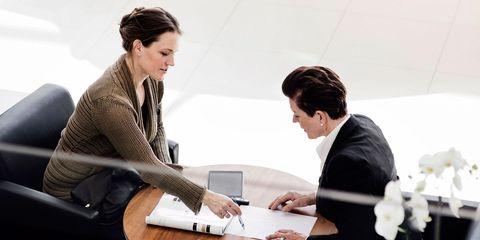 Conversation, Job, White-collar worker, Business, Employment, Collaboration, Management, Interview, Businessperson, Learning,