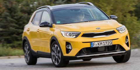 Land vehicle, Vehicle, Car, Motor vehicle, Automotive design, Vehicle door, City car, Mini SUV, Full-size car, Hot hatch,