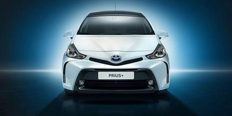 Vehicle, Car, Toyota, Automotive design, Motor vehicle, Hatchback, Headlamp, Automotive lighting, City car, Compact car,