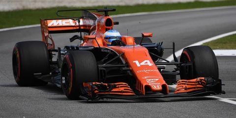 Land vehicle, Formula one, Formula one car, Vehicle, Race car, Car, Open-wheel car, Motorsport, Formula racing, Tire,