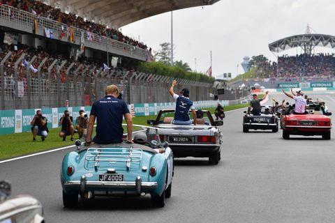 Vehicle, Car, Race track, Race car, Classic car, Sports car, Classic, Racing, Vintage car, Coupé,