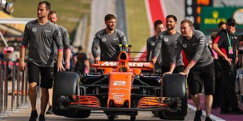 Formula one tyres, Formula libre, Vehicle, Team, Race car, Formula one, Formula one car, Open-wheel car, Motorsport, Tire,