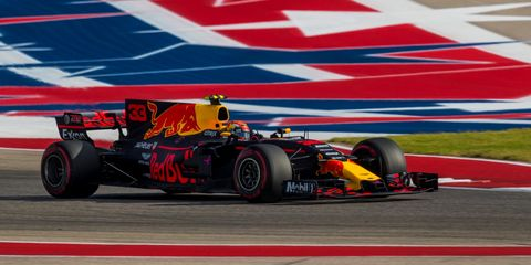 Land vehicle, Formula one, Formula one car, Vehicle, Race car, Sports, Racing, Open-wheel car, Tire, Motorsport,