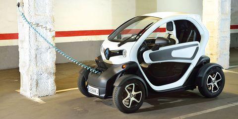 Land vehicle, Vehicle, Car, Motor vehicle, City car, Electric car, Automotive design, Mode of transport, Electric vehicle, Hatchback,