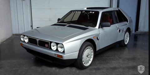 Land vehicle, Vehicle, Car, Classic car, Sedan, Coupé, Lancia delta s4, Sports car, Family car,