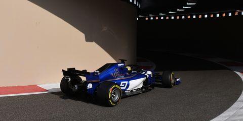 Race car, Formula one car, Formula libre, Vehicle, Formula one, Car, Formula one tyres, Formula racing, Open-wheel car, Motorsport,