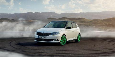 Land vehicle, Vehicle, Car, Škoda fabia, Mid-size car, Hatchback, Automotive design, Supermini, Automotive wheel system, Family car,