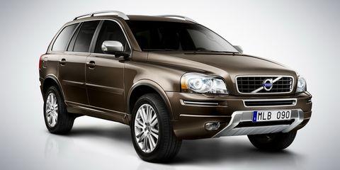 Tire, Wheel, Motor vehicle, Automotive tire, Mode of transport, Automotive design, Vehicle, Transport, Land vehicle, Automotive lighting,