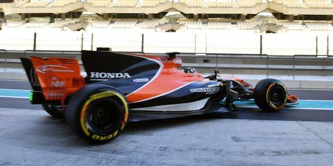 Land vehicle, Vehicle, Formula one, Formula one car, Motorsport, Race car, Formula libre, Formula racing, Formula one tyres, Open-wheel car,