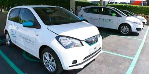 Land vehicle, Vehicle, Car, Motor vehicle, City car, Subcompact car, Hatchback, Volkswagen, Compact car, Hybrid vehicle,