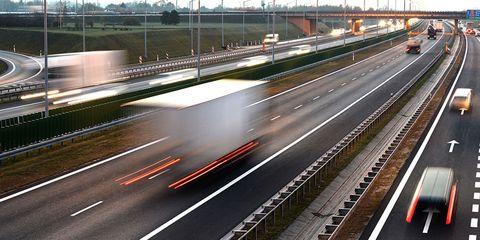 Road, Freeway, Highway, Mode of transport, Transport, Lane, Light, Infrastructure, Metropolitan area, Thoroughfare,