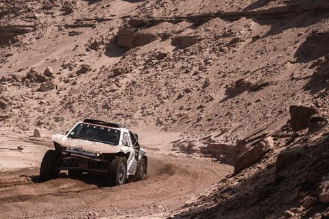 Land vehicle, Vehicle, Off-road racing, Off-roading, Regularity rally, Car, Dust, Motorsport, Rallycross, Racing,