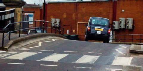 Motor vehicle, Vehicle, Mode of transport, Car, Transport, Asphalt, Road, Infrastructure, Lane, Pedestrian crossing,
