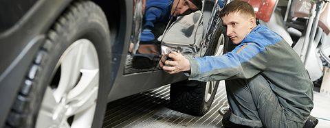 Motor vehicle, Tire, Automotive tire, Vehicle door, Automotive design, Transport, Auto part, Automotive exterior, Vehicle, Wheel,