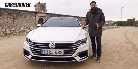 Land vehicle, Vehicle, Car, Volkswagen, Automotive design, Executive car, Volkswagen passat, Sedan, Grille, Luxury vehicle,