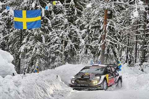 Snow, Winter, Vehicle, Regularity rally, World rally championship, Car, Geological phenomenon, Off-roading, Rallying, Automotive tire,