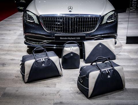 Luxury vehicle, Automotive design, Product, Vehicle, Grille, Personal luxury car, Car, Automotive exterior, Bumper, Automotive lighting,