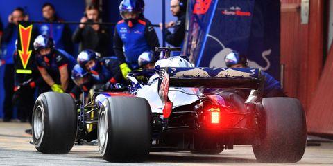 Formula libre, Formula one tyres, Race car, Formula one car, Formula one, Vehicle, Open-wheel car, Automotive tire, Formula racing, Tire,