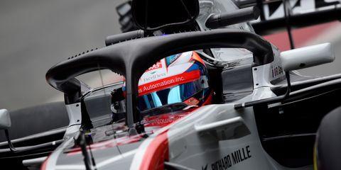 Vehicle, Formula one car, Formula one, Race car, Formula racing, Car, Motorsport, Automotive exterior, Open-wheel car, Automotive design,